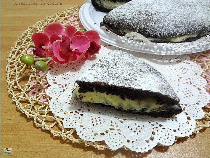 Ricetta torta al cioccolato farcita con Oreo Divertirsi in cucina