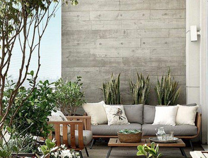 aménager-sa-terrasse-sur-la-ville-jolie-terrasse-avec-murs-gris-quel-balcon-choisir