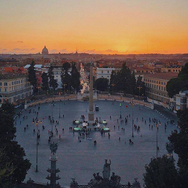 Piazza Del Popolo ❤ Roma ••••••••••••••••••••••••••••  Fotografia di @francesco_foti •••••••••••••••••••••••••••• Tagga le tue foto migliori con #noidiroma e seguici per entrare a far parte della gallery @noidiroma •••••••••••••••••••••••••••• Segui tutti i nostri profili  @aforismiromani - Scopri la community che stà facendo impazzire Instagram  @fabriziofrustaci - Ideatore del progetto Aforismi Romani e Noidiroma ✈ #roma #ig_lazio #ig_roma #ig_italia #italia365 #rome #vi...