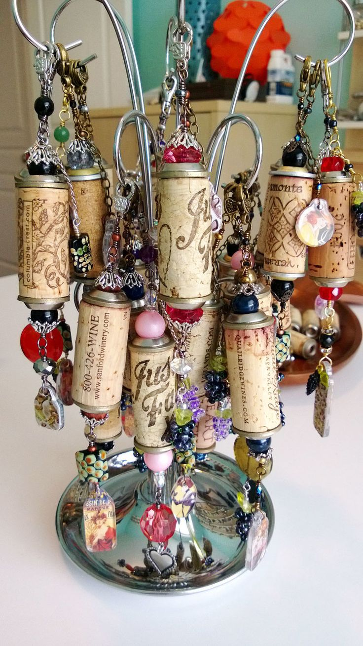 Ornaments made from wine corks - Wine Cork Project Done