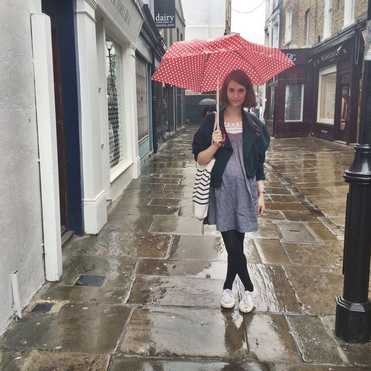 Pinafore in the rain  Clary & Peg