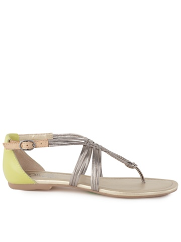 Love these!: Seychelles Sandals, Shoes P, Seychel Sandals, Seychelles Coy, Shoes Bags, Seychel Coy, Grey Sandals, Coy Sandals, Cutest Shoes