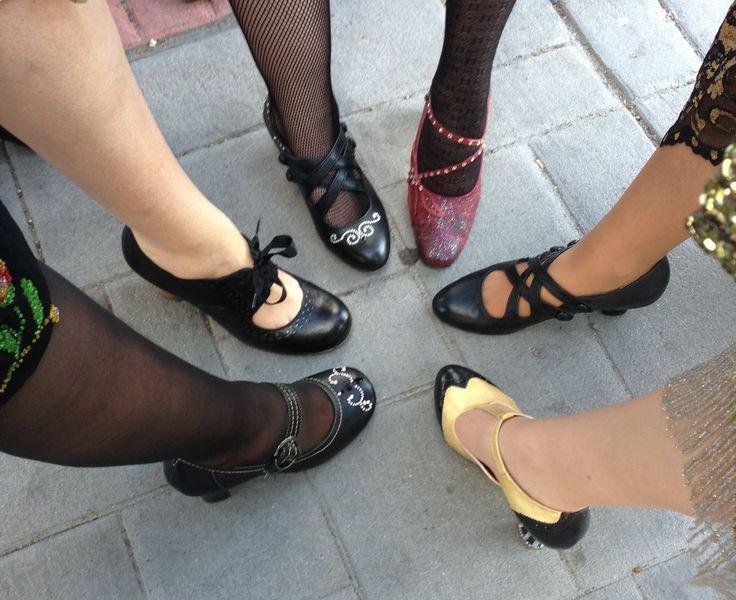 Make 1920s shoes