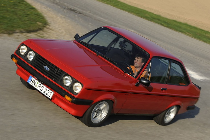 """Ford Escort RS 2000, 70's edition. A very """"hot"""" Ford during its period."""
