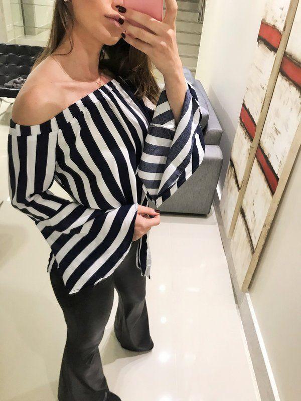 6df238d65 Blusa ombro a ombro listrada tipo bata!! Blusa manga flare com varias  possibilidades de