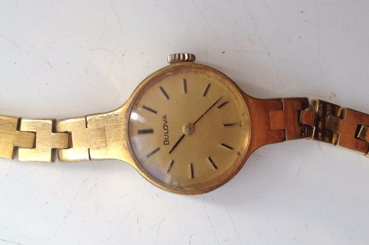 AUCTIONS ENDING ON WEDNESDAY 14 JUNE FROM 8pm NEW AUCTIONS STARTING FROM 8pm.......LADIES VINTAGE BULOVA 560 GOLD PLATED MANUAL WIND 17J WORKING SWISS MADE WATCH