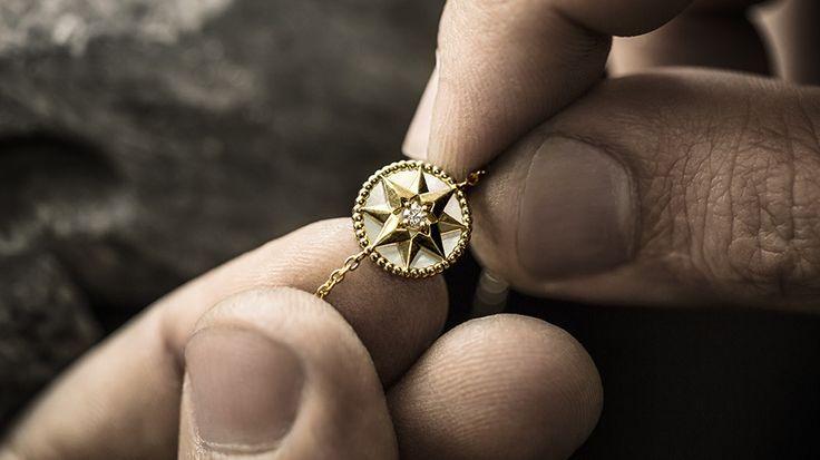 Rose des vents bracelet, 18k pink gold, diamond and onyx - Dior