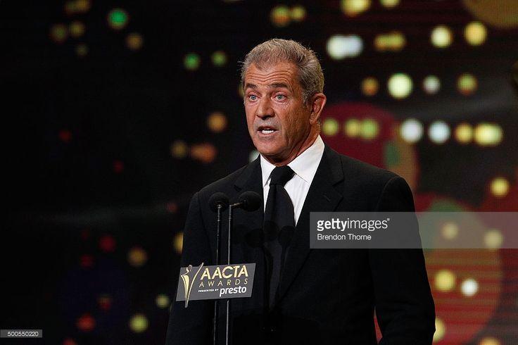 Photo d'actualité : Mel Gibson presents a AACTA Award during the 5th...