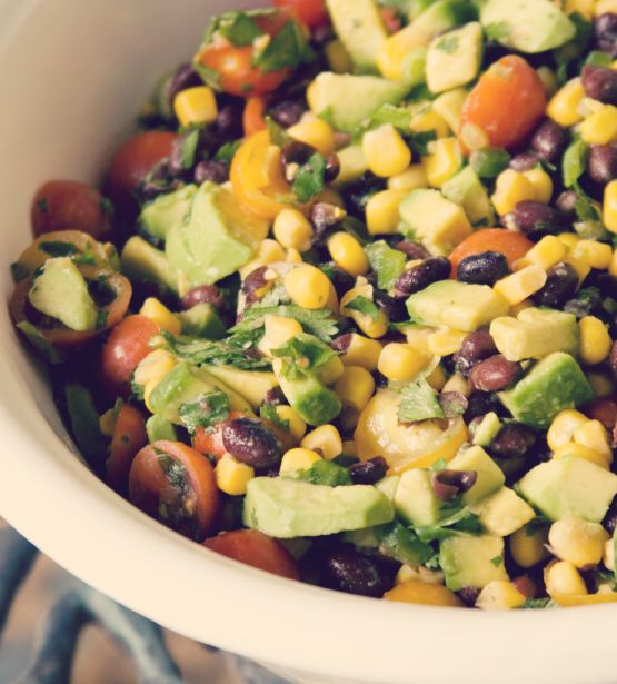 Tone It Up Baja Slimdown Salad - 1-2 c fresh greens 1/3 cfresh salsa (like Pico de Gallo) 1/4 avocado 1/4 c corn 1/4 c black beans Lean protein of choice Handful cherry tomatoes Fresh cilantro Fresh mint Squeeze of 1/2 lime Toss greens in 1/2 of salsa before adding remaining ingredients, end w avocado. Squeeze lime juice on top, add the rest of the salsa. Ideal for M3, M4 or M5.