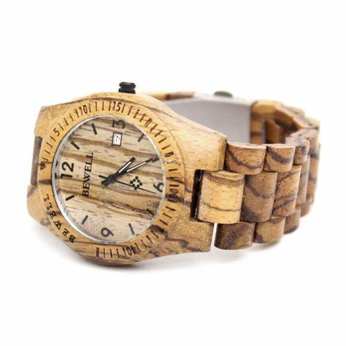 Op zoek naar een stoer horloge? Dan is ons houten horloge Machillala met haar robuuste look jouw ding! Het gebruik van Zebra hout in alle aspecten van dit horloge zorgt hiervoor. Daarnaast wordt dit horloge met haar lichte gewicht en perfecte afwerking gekenmerkt door comfort!  http://www.looyenwood.nl/product/houten-horloge-machillala/