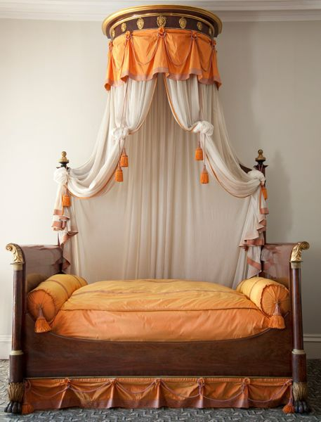 Only Known Lannuier Bed To Retain Its Original Crown