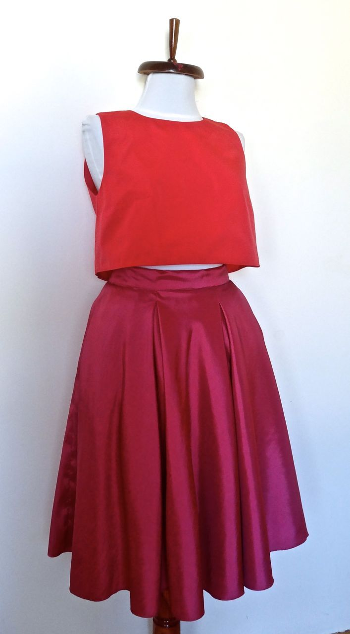 Fusta si top din tafta, corai pe fuchsia. Model #custommade #Noomi. www.noomi.ro