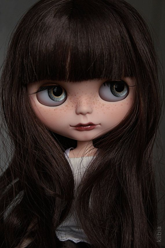 Hey, I found this really awesome Etsy listing at https://www.etsy.com/listing/199088932/custom-blythe-molly-cheaper-20-eur-every