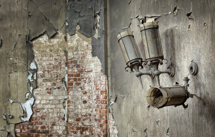 crematorium lamps - #abandoned #urbex #decay #photography #image #mrnorue #derelict #neglect