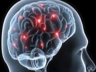 Regelmässiger Lebensrhythmus. Alkohol, Stress und andere Auslöser meiden. Schmerzmittel können helfen, aber auch schaden. Alternative Methoden.