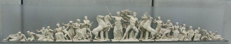 Frontón occidental del `Partenon Lucha de Atenea y Poseidon por el dominio de ÁTICA