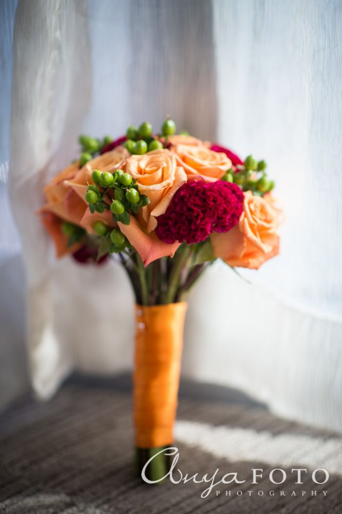 anyafoto.com, wedding bouquet, bridal bouquet, red bouquet, orange bouquet, eclectic bouquet, rose bouquet