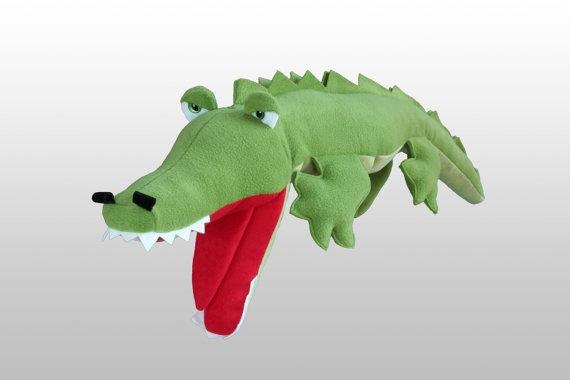 Crocodile hand puppet Dresdner Künstlerpuppe by PetitiPanda, €49.90