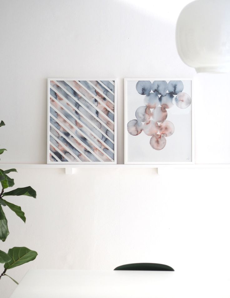 Watercolour art print made by Silke Bonde. Inspired by the patterns and colors under the sea. Signed by Silke Bonde. Worldwide shipping. Shop online.