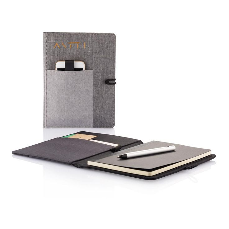 Kyoto holds your A5 notebook in style. It also has place to store your phone, pen, small notes and other accessories outside and inside. To make it complete the notebook has 128 cream pages of 70g/m2 which can easily be replaced once full. Registered design®