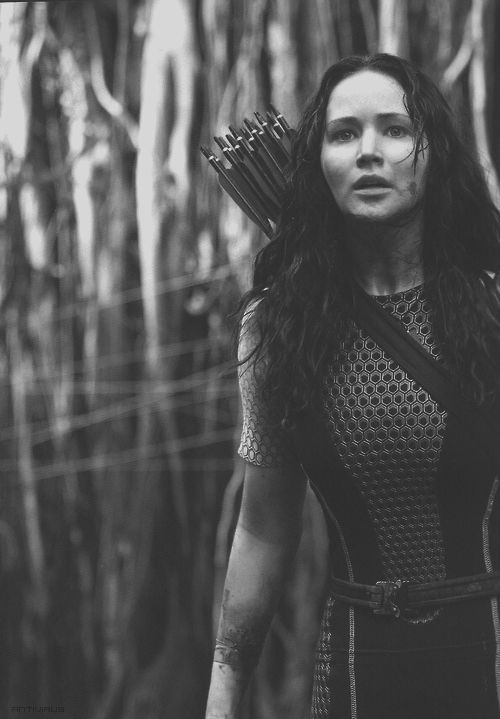 jennifer lawrence as katniss everdeen. Just saw Catching Fire again, which is