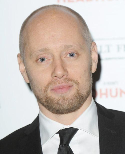 aksel hennie wife