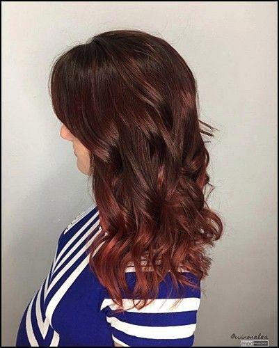 7+ heißeste braune Haare mit roten Highlights, die Sie jemals sehen werden
