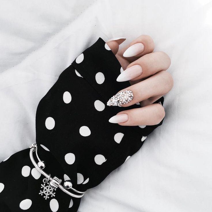 "1,863 Likes, 41 Comments - Moniʞa (@brunettefashionn_) on Instagram: ""#nails #INDIGO #PANDORA #naturalnails #nailart @marcela_studio_nails_lashes"""