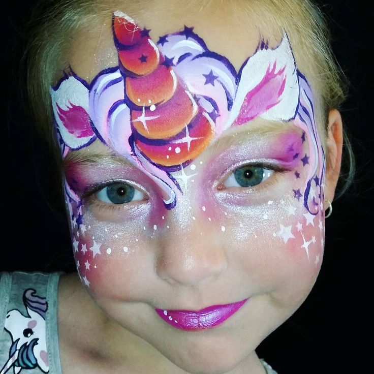 "60 Likes, 2 Comments - Ilse Kusters (@kustersilse) on Instagram: "" Unicorn Facepaint #kustersilse #mylumenart #faceart #facepainter #facepainting #facepaint #mua…"""