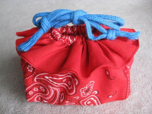 バンダナ手芸*フリル巾着バッグ*バザー手作り作り方の作り方|バッグ|ファッション小物|ハンドメイド・手芸レシピならアトリエ