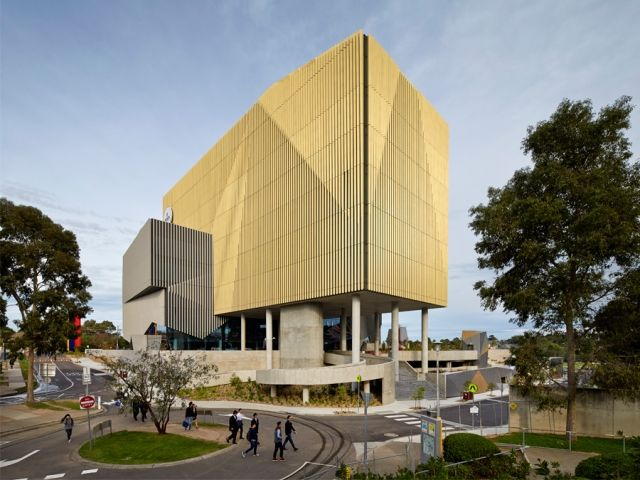 Burwood Highway Frontage Building, Deakin University by Woods Bagot - News - Frameweb