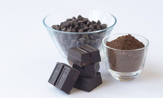 The Best Energy-Boosting Foods and Drinks: Dark Chocolate http://www.rodalenews.com/natural-energy-drinks