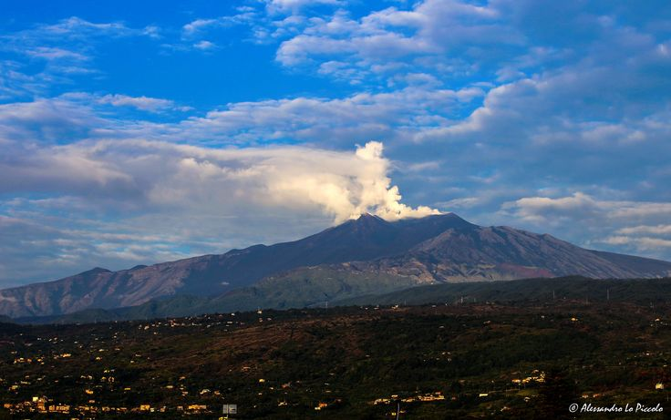 https://flic.kr/p/LFQxJ3   ETNA after the storms...   ETNA after the storms...  September 26th 2016, about h. 7.30 CET  (view from Fiumefreddo - Sicily)  © Alessandro Lo Piccolo all rights reserved