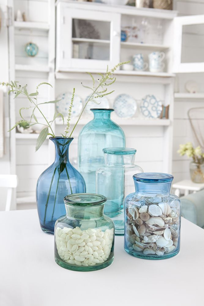 More examples of jars filled with shells, but this time the glass is in beachy shades.