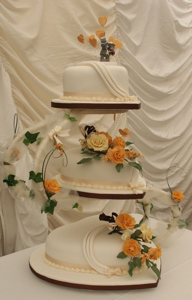 Annes Cakes For All Occasions Presents A 3 Tier Heart Shape Wedding Cake On An