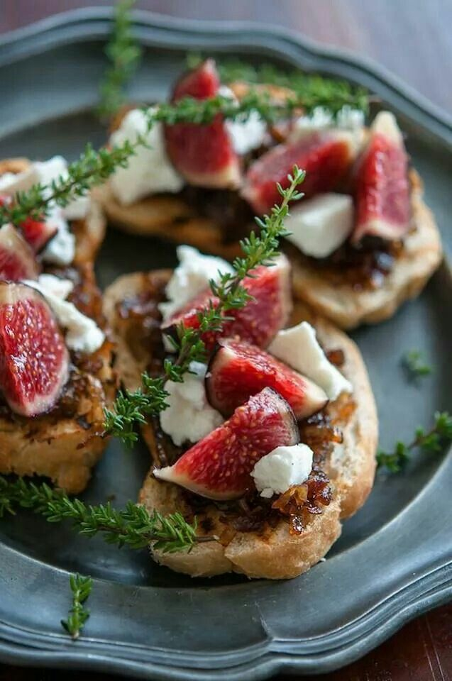 Fig, Goat Cheese, And Caramelized Onion Sandwiches Recipes ...