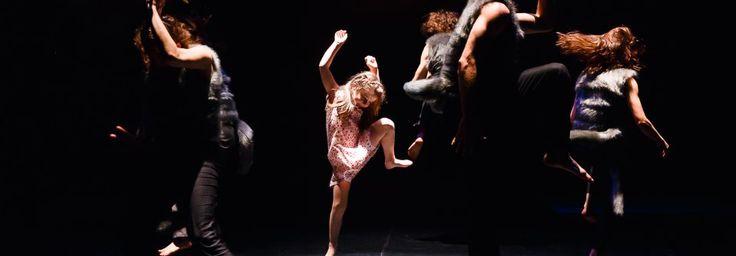 Profesionálne tanečné divadlo - Divadlo Štúdio tanca - Kontaktujte nás