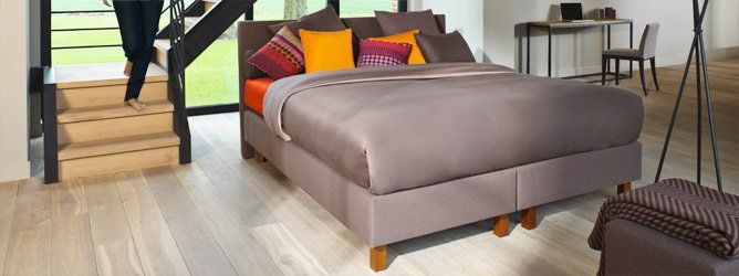 De Box Bonnell boxspring past perfect in een jong en modern interieur.  #Beka #CornelisBedding