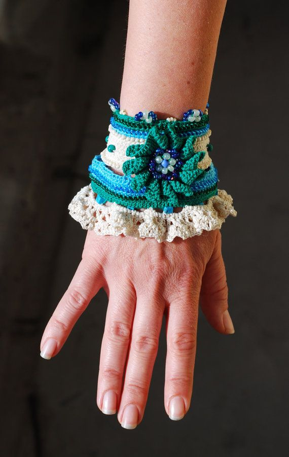 Handmade crochet bracelet. Crochet cuff - Flower - Green Тurquoise Creme color. Beaded with malachite, turuoise and glass beads.