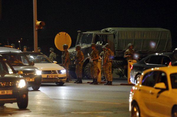 터키 군사 쿠데타 발생...에르도안 망명 타진설