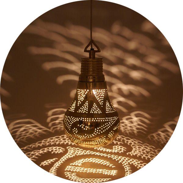 suspension ampoule   77.00 petit format   117.00 grand format  serendipity.fr:.