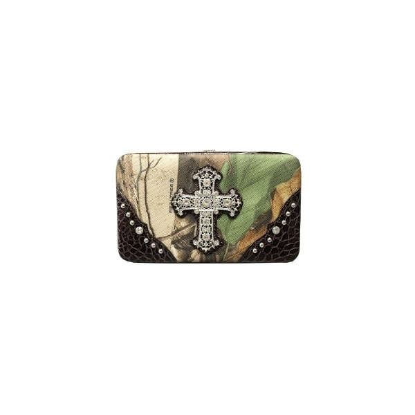 Camo Wallets For Women | Most Popular Camo Purses At Realtree.com found on Polyvore