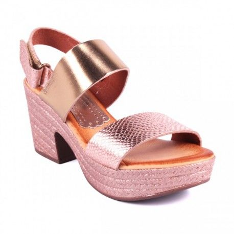 Sandalia cómoda extremada de la marca Marila. Zapato elegante y fresco para poder combinar con todo tipo de estilos. Marca made in Spain .