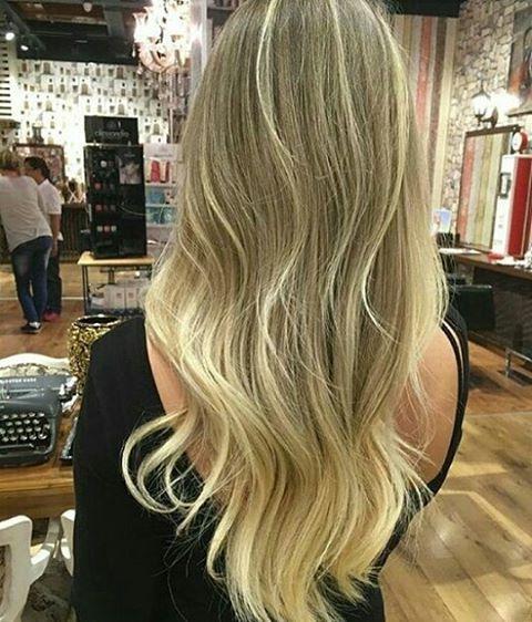 Birde #tbt yapalim ���� . ↘sarı saçlar profosyonel dokunuslarla olur ��↙ ⬇⬇⬇⬇ #ombre#balyaj#hairbotox#haircut#hairclor#kumral#maltepepark #beşiktaş#taksim#kadikoy#bostanci#maltepesahil#kartal#pendik#fallow#fallow4like#fallow4fallow#fallowme#fallowers#like4like#like#likeforlike#loriel#gelinbasi#duvak#düğün#dugun# http://turkrazzi.com/ipost/1516106152684090657/?code=BUKSoNghPUh