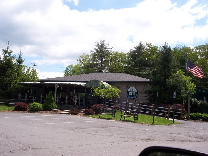 The Boathouse Restaurant  Pa  Hawley Pa