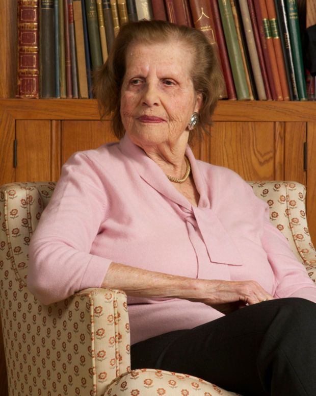 Maria Altmann in 2010. She fought the Austrian government for the return of her family's paintings that were stolen by the Nazis during World War II.