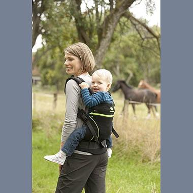 rygbæring med ergonomisk bæresele (her: manduca) www.ergokarin.dk