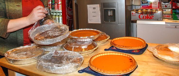 THANKSGIVING DINNER: GOLD RIDGE COMMUNITY CENTER  Marie's Golden Heart and other area businesses are sponsoring a free Gold Ridge Thanksgiving Dinner. There will be everything you would expect: Turkey with ALL the fixin's.  EVERYONE is welcome to attend including your friends and neighbors. LifeSouth will be on hand for blood donations as well.  Date: Wednesday, November 25 Location: Gold Ridge Community Center 5225 County Road 1545 Cullman, AL 35056. Image by Laura Kreider