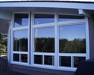 Varga Windows : Manufacturer of Replacement Windows, Aluminum & Vinyl Window Replacements, Porch & Balcony Enclosures, Storm Windows, Screen Enclosures, Custom, Toronto, Ontario Canada