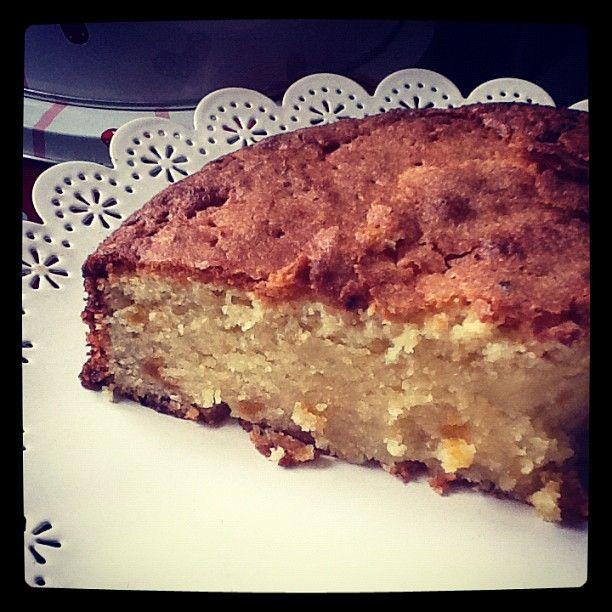 The Life Edit: Nigel Slater Apricot Cake...